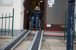 Rollstuhlgerechter Eingangsbereich Sinistraplus